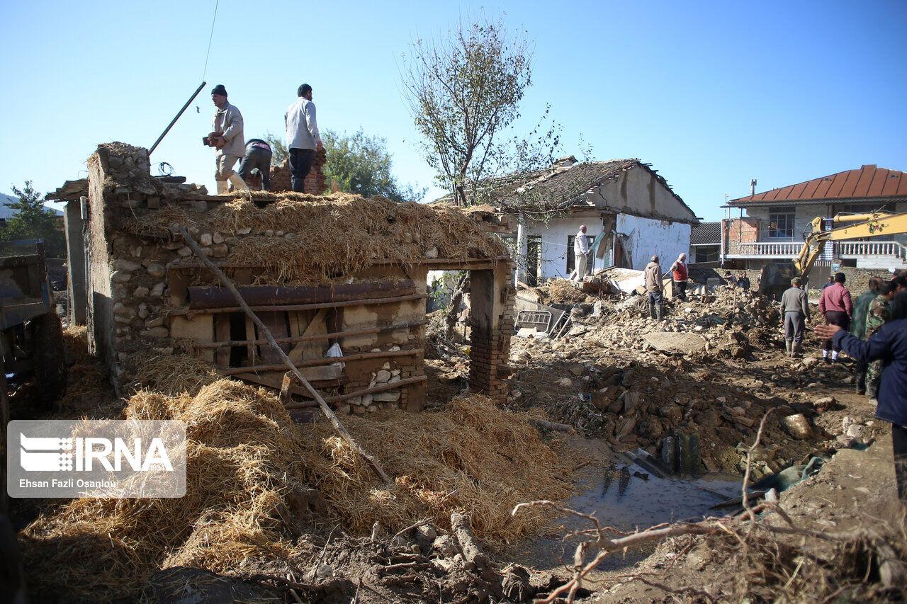 ۱۷۰-خانوار-سیلزده-شرق-مازندران-کمک-بلاعوض-دریافت-کردند.jpg