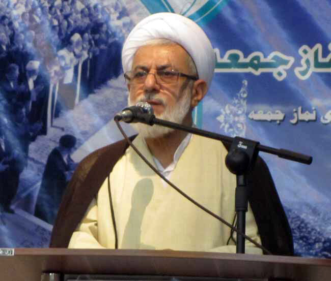 امامجمعه نوشهر: مردم برای مجلس، افراد دلسوز  و کاربلد را میخواهند
