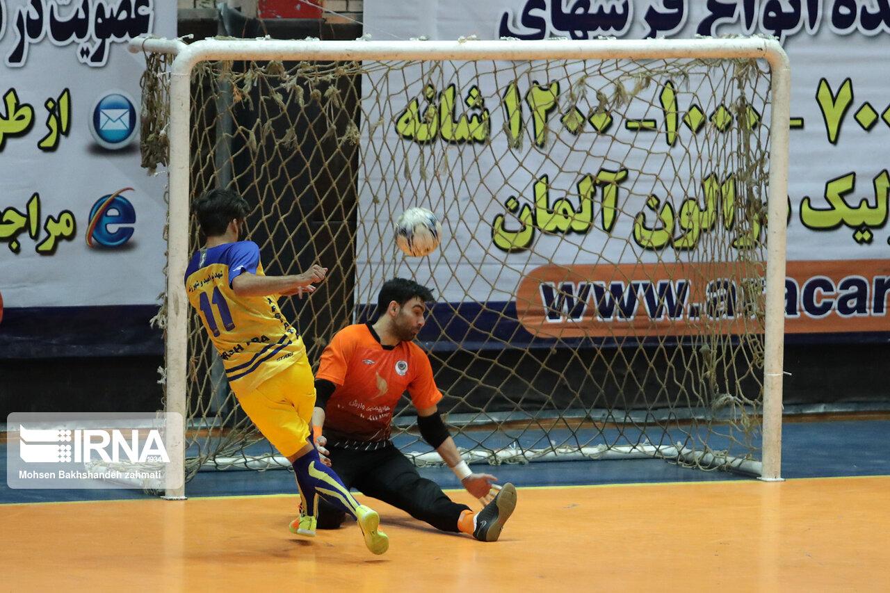 شهروند ساری با برد برابر شیراز بالانشین جدول شد