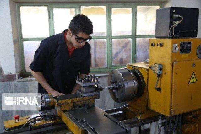 ۵۵ درصد هنرجویان مراکز فنی و حرفهای مازندران وارد بازار کار شدند