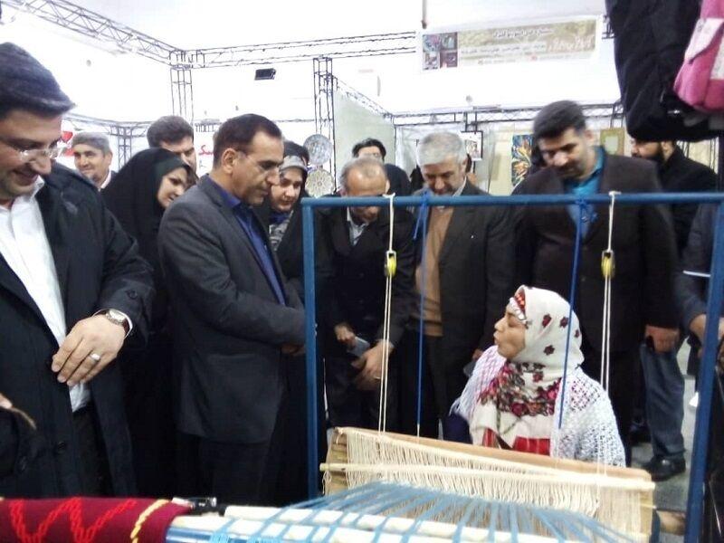 نمایشگاه تخصصی توانمندیهای بانوان در قائمشهر برپا شد
