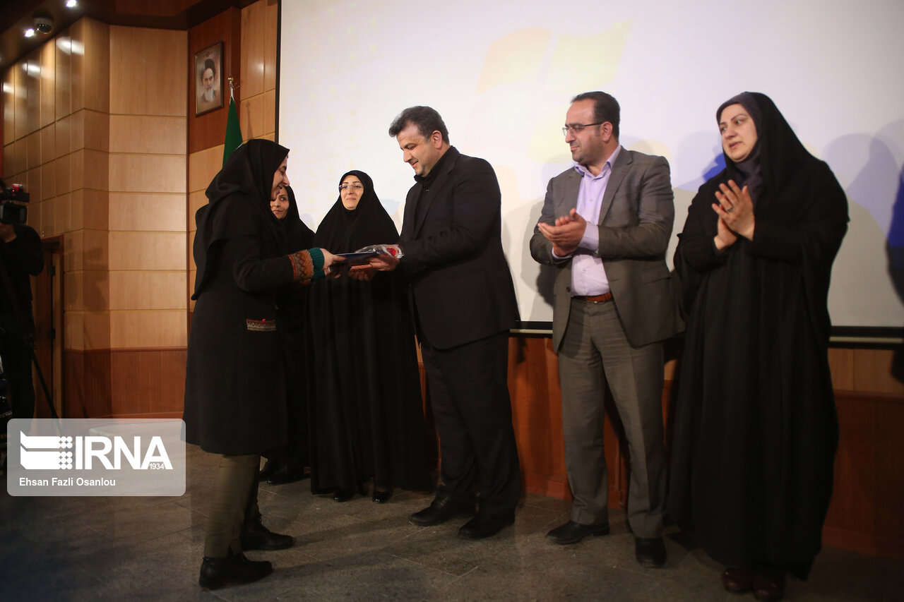 همایش تجلیل از بانوان نمونه استان مازندران در ساری