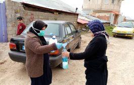 گزارش تصویری: توزیع مایع ضدعفونی کننده توسط خانه بهداشت روستای وری