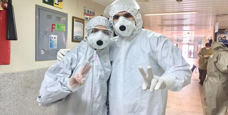 بیمارستان؛ خانه دوم زوج پرستار/ تلخ و شیرین روزهای کرونایی در قرنطینه