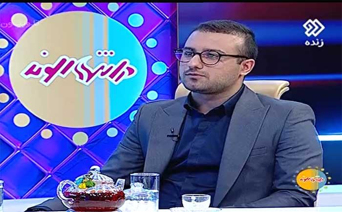 فیلم | امیرحسین سلطانی آموزگار دبستان چالو مهمان برنامه انتهای الوند شبکه دو