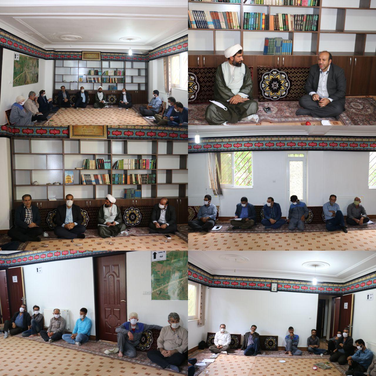 دیدار شهردار، اعضای شورای اسلامی و کارکنان شهرداری کیاسر با امام جمعه بخش چهاردانگه