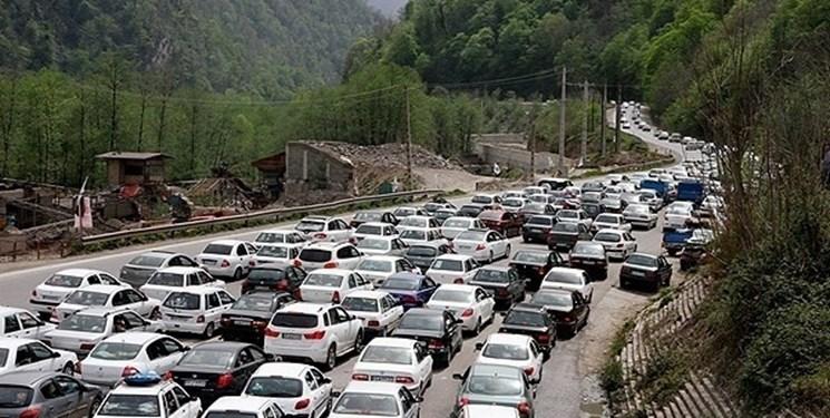 تکرار روزی پرترافیک امروز در محورهای شمال/ هراز و کندوان یکطرفه میشود