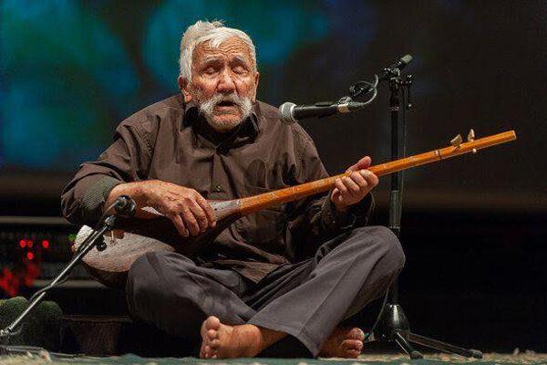 نوازنده ۱۰۰ ساله دوتار مازندران درگذشت/ فقدان یک هنرمند باهوش