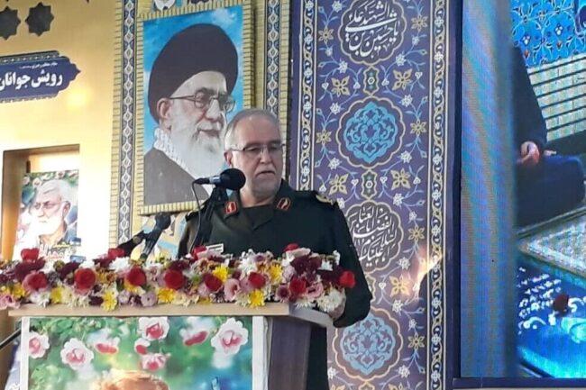 انقلاب اسلامی ایران حسینی و عاشورایی است