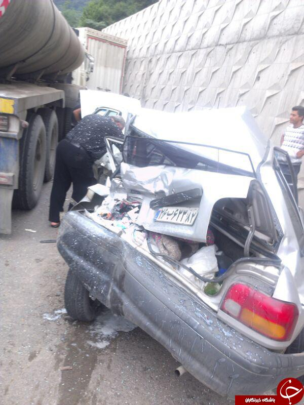 تصادف ۱۰خودرو با تریلر حمل شیر در محور سوادکوه + تصویر