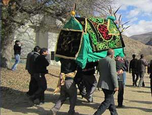 ۸-Hadi-Kardgar-Ashoora-1391
