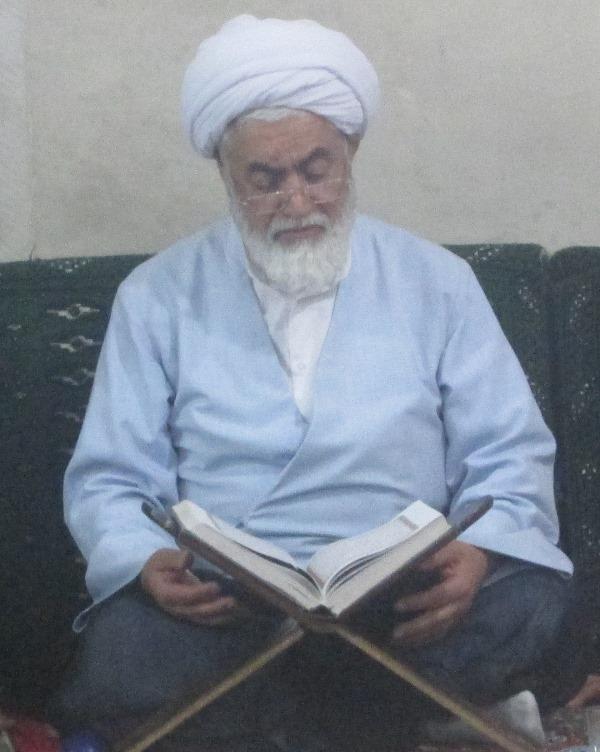 حضور امام جمعه بخش چهاردانگه در مراسم جزءخوانی مسجد امام موسی کاظم(ع)