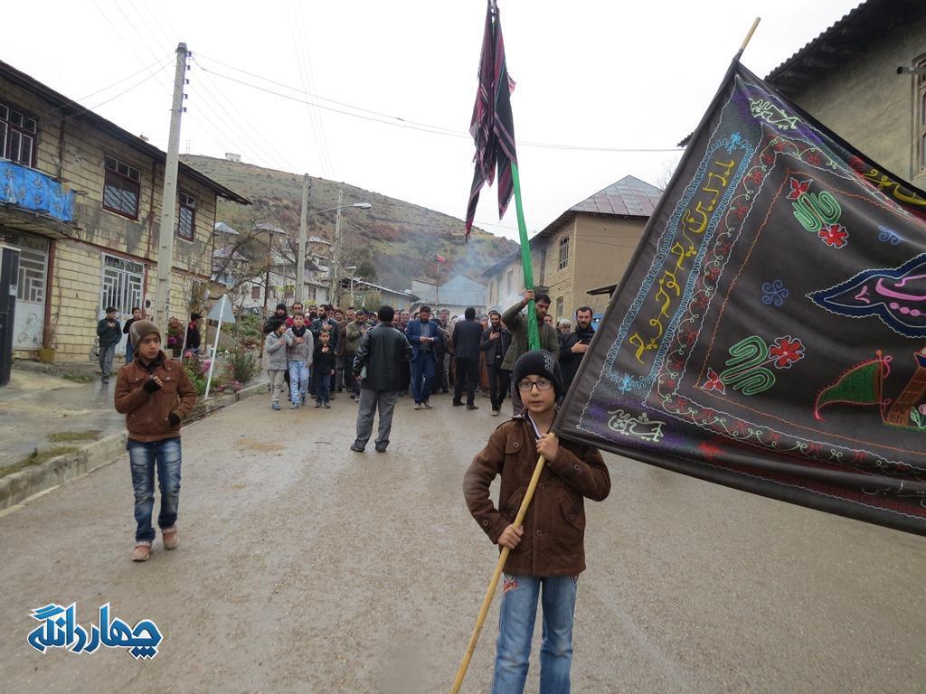 گزارش تصویری برگزاری عزاداری روز اربعین در شهر کیاسر