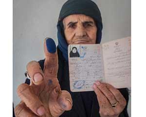 حضور پرشور مردم چهاردانگه در انتخابات + تصاویر