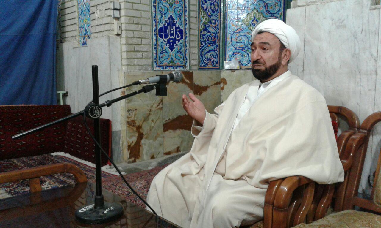 راه اندازی کتابخانه سیار توسط امام جماعت چهاردانگه ای مسجدی در تهران