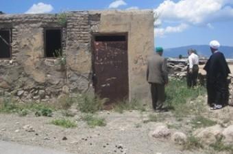 اهداء زمین جهت ساخت خانه عالم در روستا های قلعه سر و اراء
