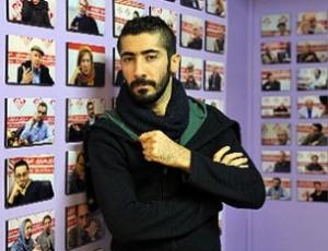 اجرا بداهه یاسر خاسب در رویداد هنر ناگهانی در شیراز