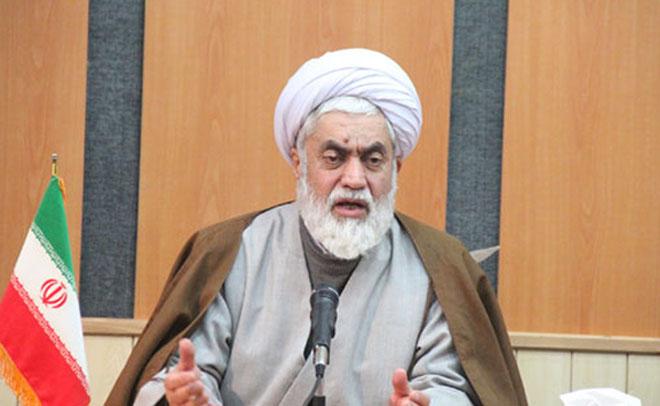 پیشرفت جامعه نیازمند توجه به قرآن و عترت است