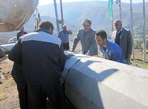 عملیات نصب بلندترین پرچم ایران در شهر کیاسر آغاز شد + تصاویر