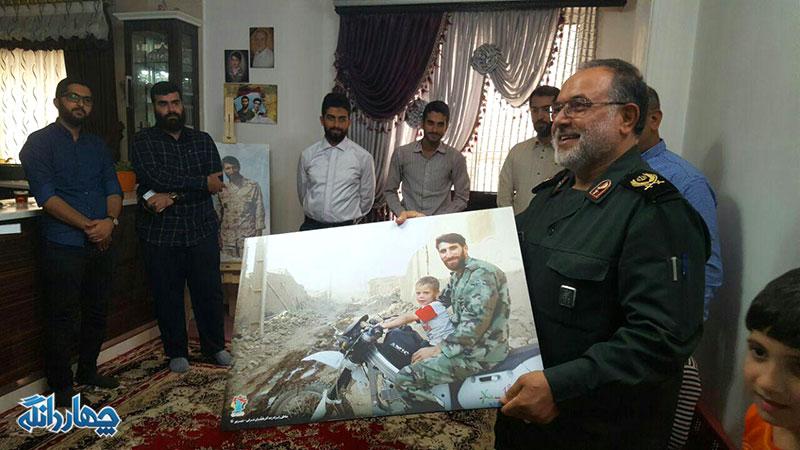 دیدار فرمانده سپاه کربلا مازندران از خانواده شهید محمد بلباسی