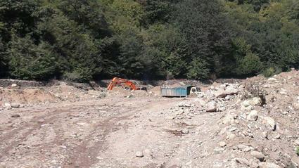 مالکان معدن از فعالان محیط زیست شکایت کردند!