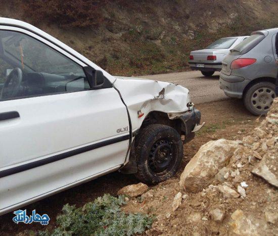 ۵ مصدوم در واژگونی ۳ خودرو در جاده ساری – کیاسر + تصاویر