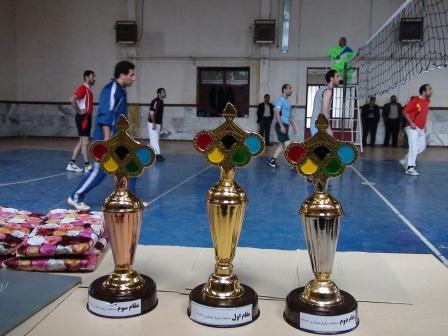 اختتامیه مسابقات والیبال «جام هفته بسیج» ویژه فرهنگیان چهاردانگه