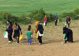 اولین اردوی پاکسازی محیط زیست کیاسر به مناسبت روز جهانی زمین پاک